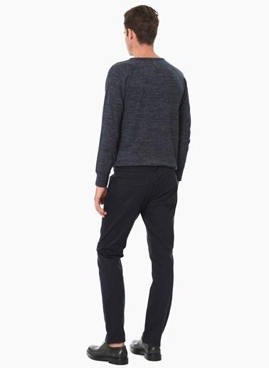 Que Sweatshirt Lacivert